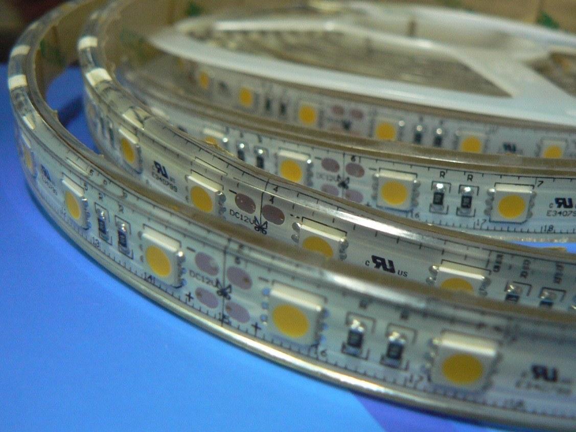 LED strip 24Volt iP68 (verkrijgbaar in diverse kleuren)