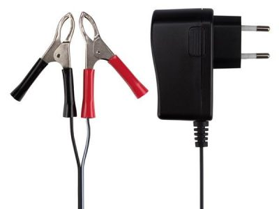 Batterijlader voor loodaccu van 6Volt of 12Volt